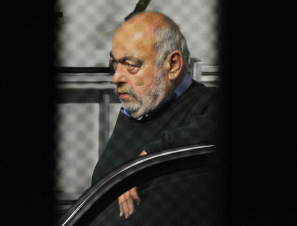 L'arresto all'alba di oggi del vicepresidente del Consiglio regionale della Lombardia Franco Nicoli Cristiani (Cavicchi)