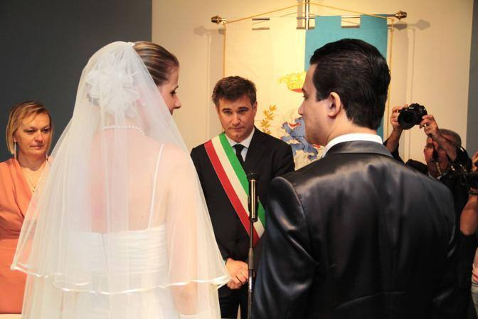 Brescia, primo matrimonio in Castello (fotogramma)