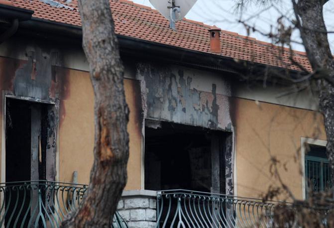 Casa Pirotelli a Rezzato, distrutta dalle fiamme (Fotogramma/Bs)