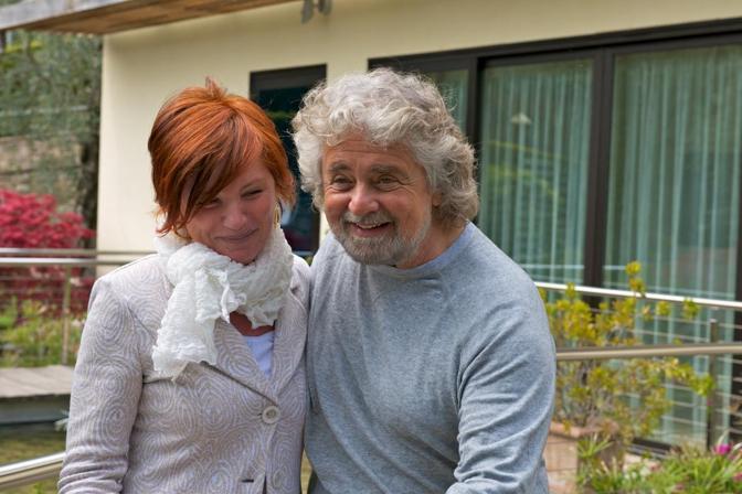 Grillo e la proprietaria dell'hotel