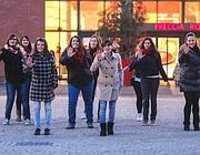 Il flash mob al Freccia Rossa (Fotogramma/Bs)