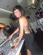 Laura nel suo bar