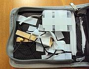 Il pacco bomba recapitato a La Stampa (Ansa) del tutto simile a quello spedito all'Europol di Brescia