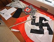 Il materiale trovato in casa  del terrorista (Fotogramma/Bs)