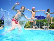 «I bambini non sono benvenuti»: a Brescia è boom di hotel per adulti