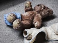 Abusi sulla figlia 14enne della compagna: «Accuse infondate»