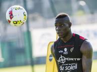 Nizza, la vie en rose di Balotelli: «Tra due anni il Pallone d'Oro, ma non paragonatemi a Ibra»