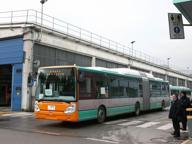 Gli scarti di cucina diventano metano per alimentare i bus di Brescia