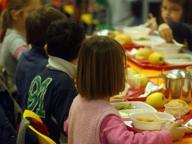 L'Ats: «Un bimbo su 4 è sovrappeso, la mensa è meglio del cibo da casa»