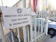 Sesso tra agenti e detenuti, il pm apre un'inchiesta sul carcere di Verziano