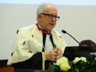 Università, Pecorelli dà l'addio tra le proteste (e con una cerimonia da 20mila euro)