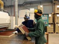 Immigrati, lavoro sempre più precario: aumenta la povertà