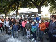 Vighizzolo, nuovi malori alla scuola elementare: bambini portati fuori dalle aule
