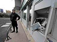 Bancomat, altri due colpi in una notte: la Provincia sotto assedio