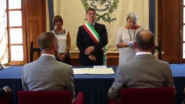 731bc5d3c818 Francesco e Federico dicono sì  celebrata la prima unione civile di Brescia  - Corriere TV