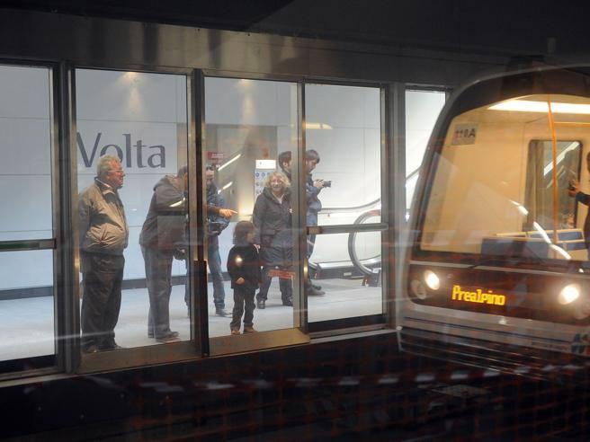 ... sul vagone, il metrò rischiadi diventare una sala parto - Corriere.it