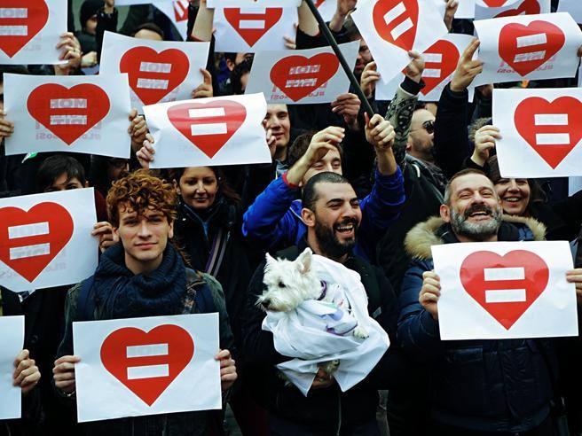 Montichiari, approvato il registrodelle unioni civili